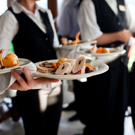 Гостеприимство в ресторанах премиум— формата